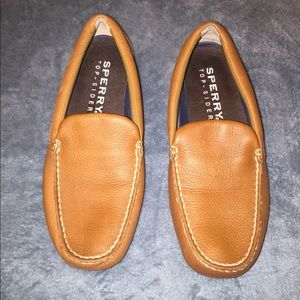 Sperry loafers size 9 M
